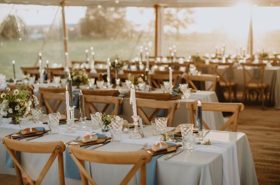 dusky blue table decor ideas