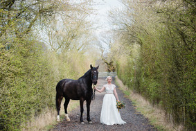 honey & horseshoe -  Helen King Photogra