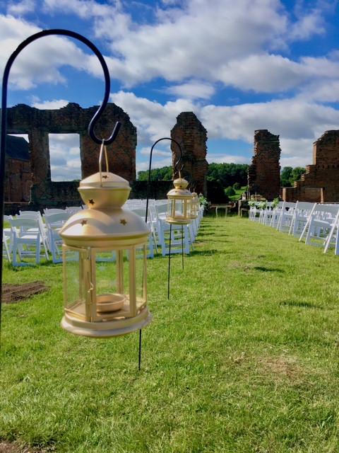 bradgate park ruins wedding