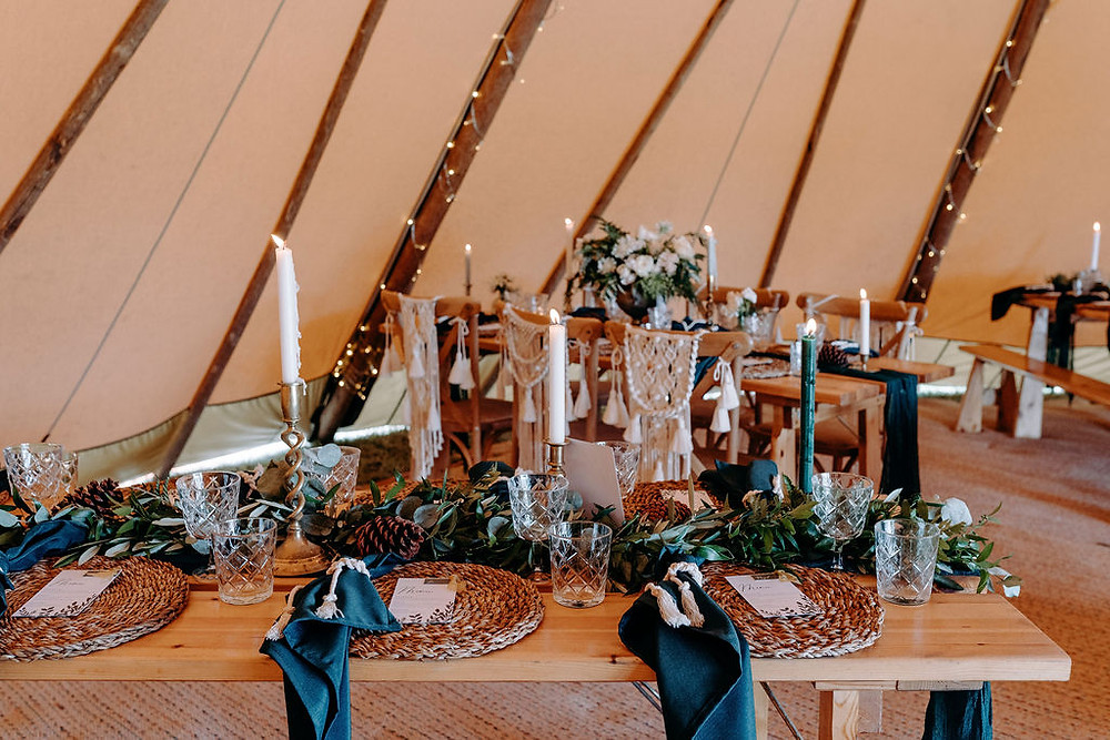 forest green wedding ideas with gold candlesticks