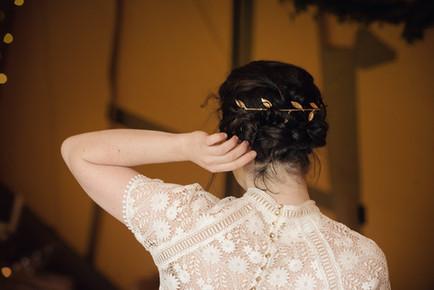 leaf wedding hair