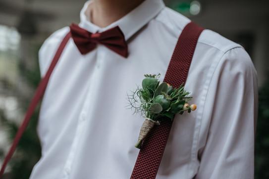 boho groom burgundy tie and buttonhole