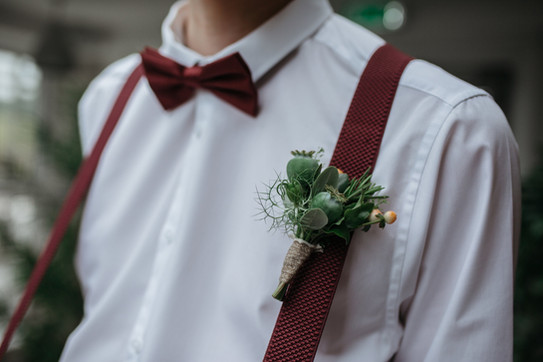 boho groom burgundy tie and buttonhole