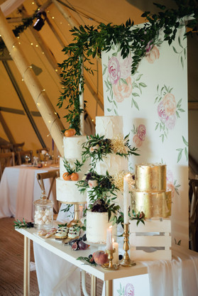 tipi wedding cake ideas