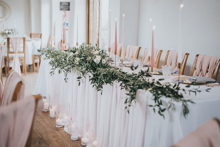 blush pink top table ideas with candles and flowers