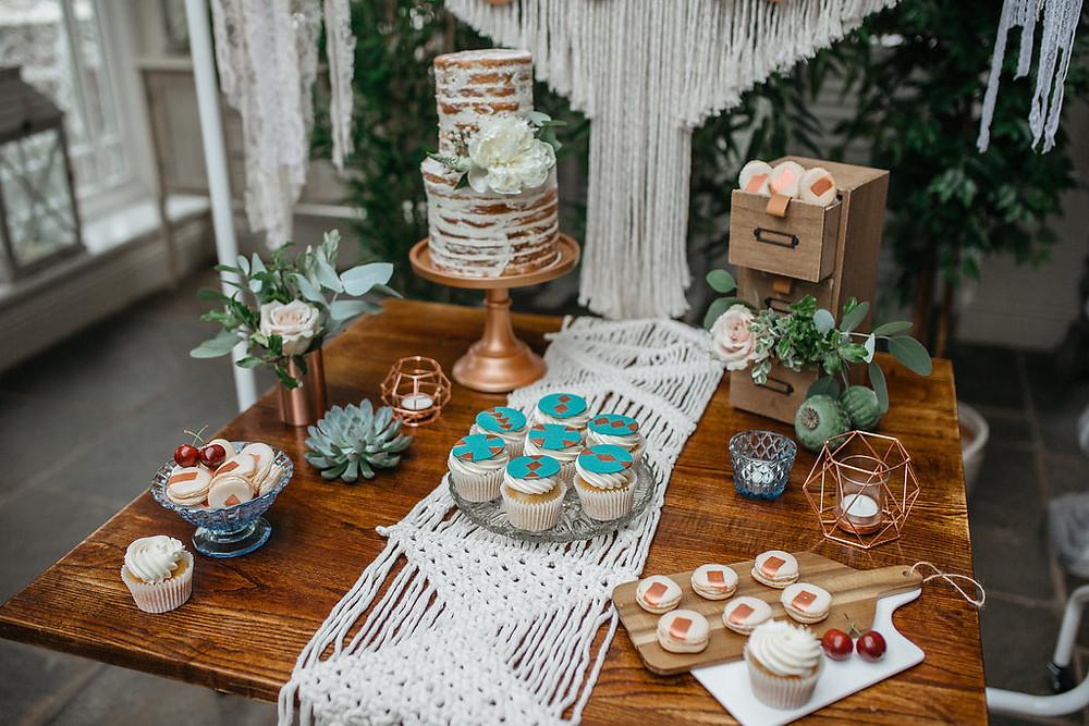 wedding cake table display macrame and semi naked cake