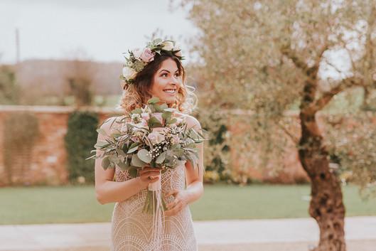beautiful wedding day flowers