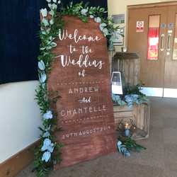TALL WOODEN WELCOME SIGN LARGE