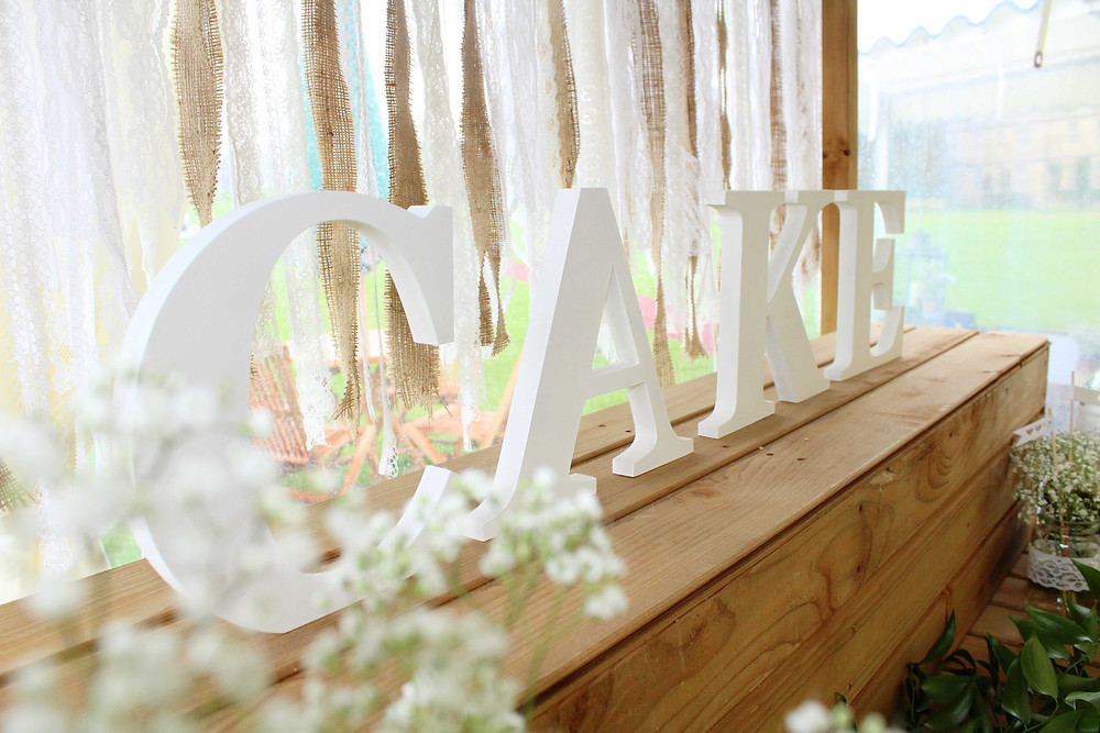 Rustic Cake Table Set up ideas