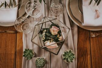 floral terrarium weddding ideas