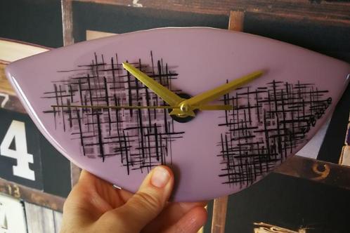 Retro Style Clock - Purple