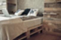 Trash Design Vila lent palete postelja vgradna omara reciklaža upcycling