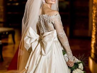 Vestido de Noiva Estilo Clean Liso em Zibeline