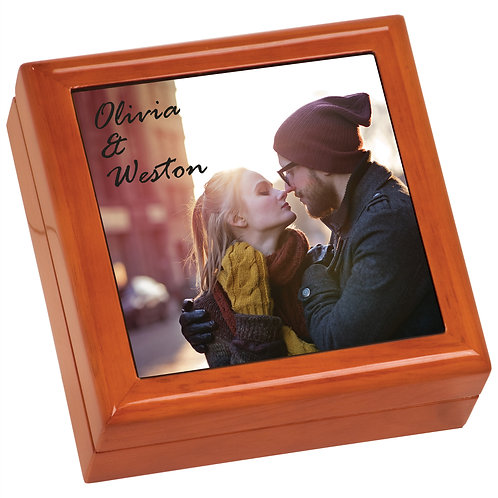 Oak Keepsake box w/4x4 photo tile