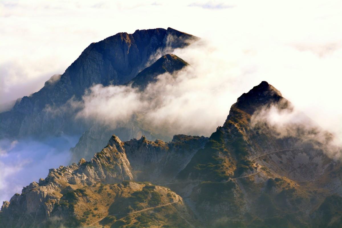 mountains_clouds_landscape_sky_cloud_car