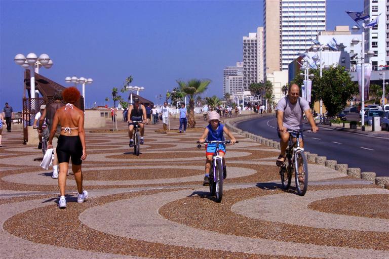 NormalTel Aviv 010