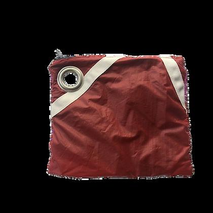 Pochette voile parachute upcyclée rouge