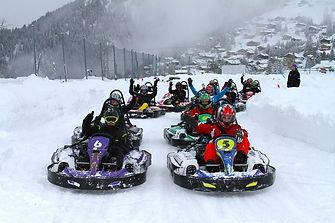 Go Kart Rennen im Schnee