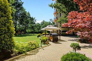 Parkanlage vom Hotel in Prmorsko