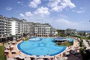 Pool und Hotelanlage in Nessebar