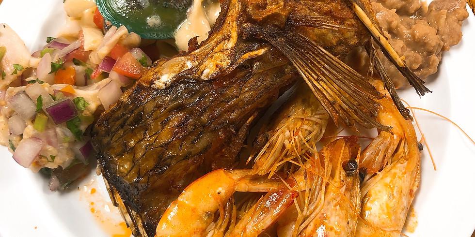 Lunch Tour Stop at Delicias Mar del Rojo
