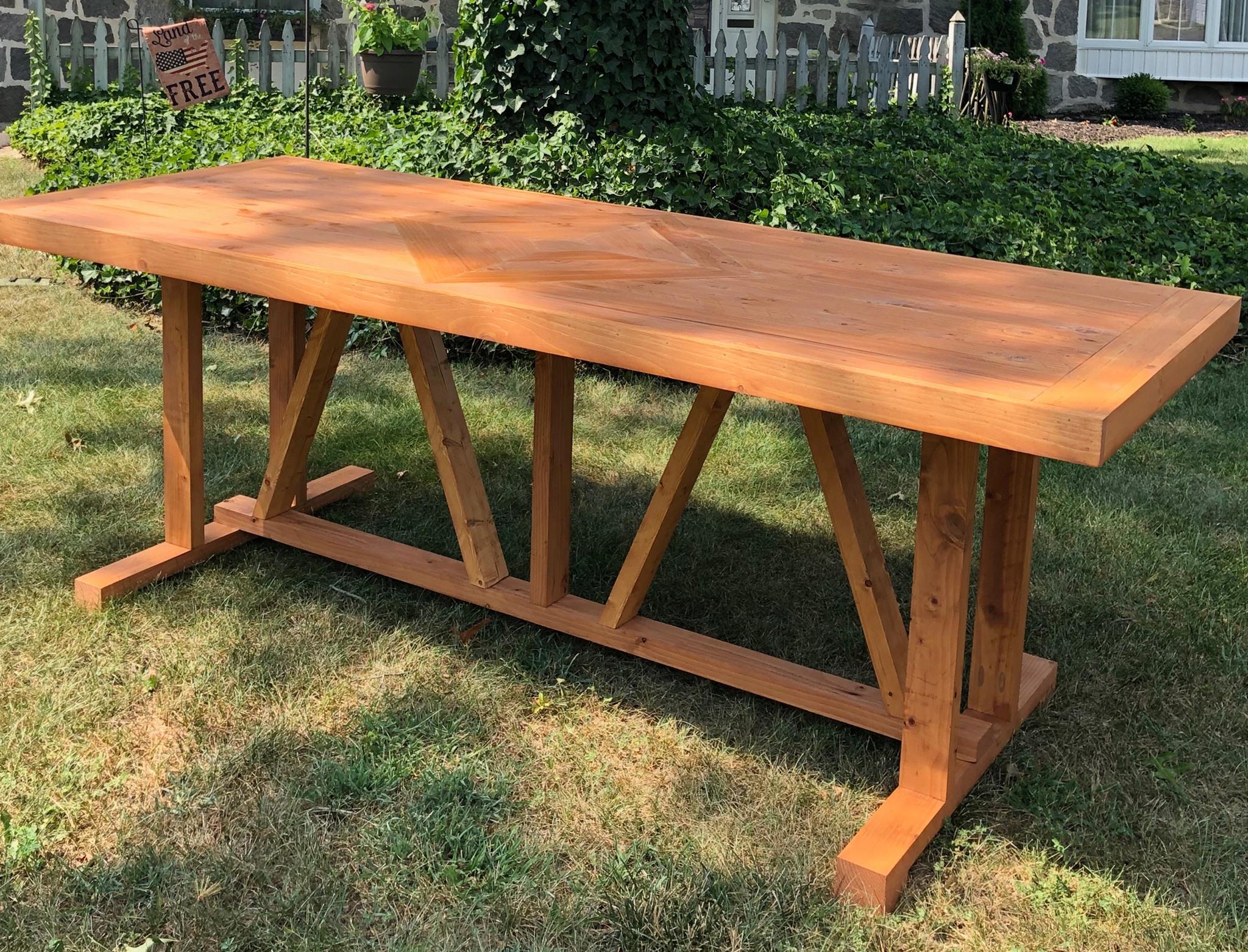 Picea Farmhouse Table