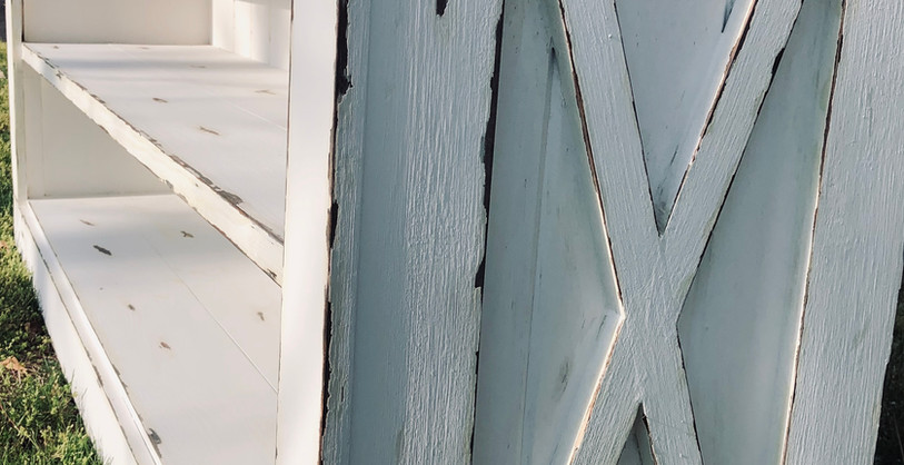 Maro Farmhouse Console Paneling Distressed X
