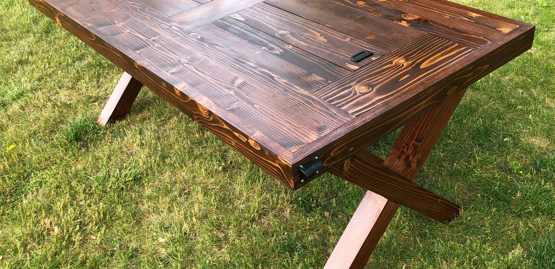 CASPIAN FARMHOUSE COOLER TABLE