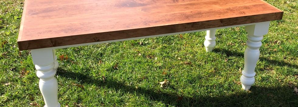 Lyra Farmhouse Table