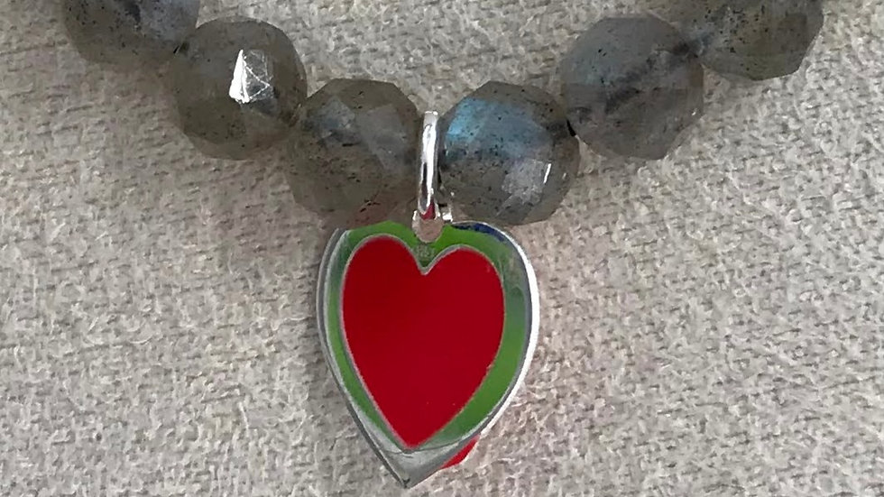 Labradorita facetada con colgante corazón de plata