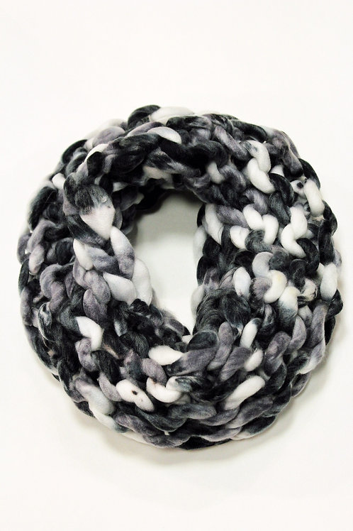 Multicolor loopy mango infinity scarf