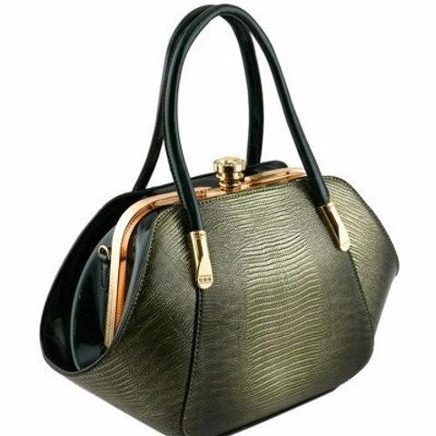 Clutch Lock Closure Bag