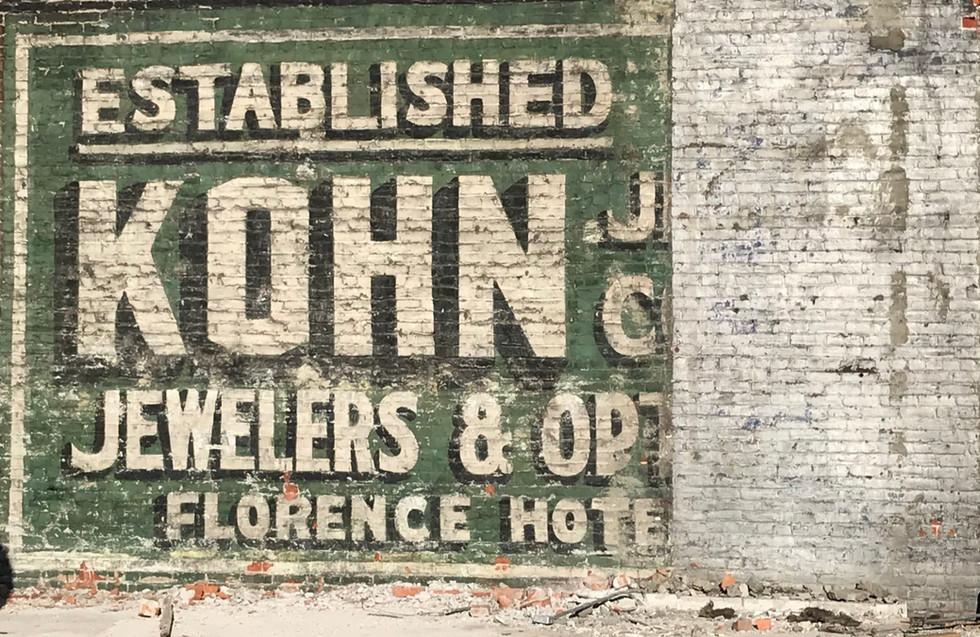 Kohn-Exterior-Adv-Wall-Painting_edited.j