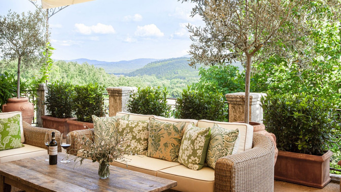 4 Romantic Countryside Hotels in Tuscany