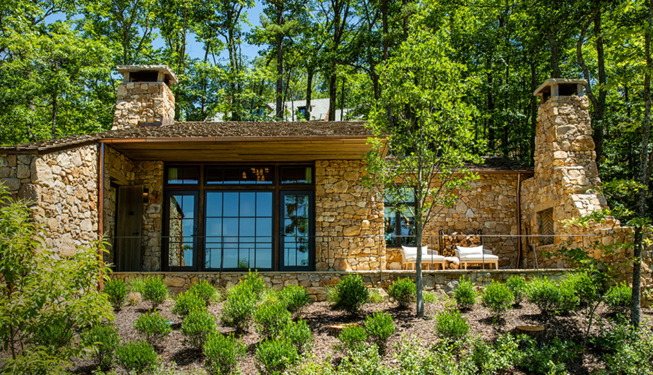 Spectacular stone cottage at Blackberry Mountain, TN