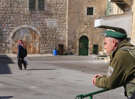 تصوير الجنود في الخليل