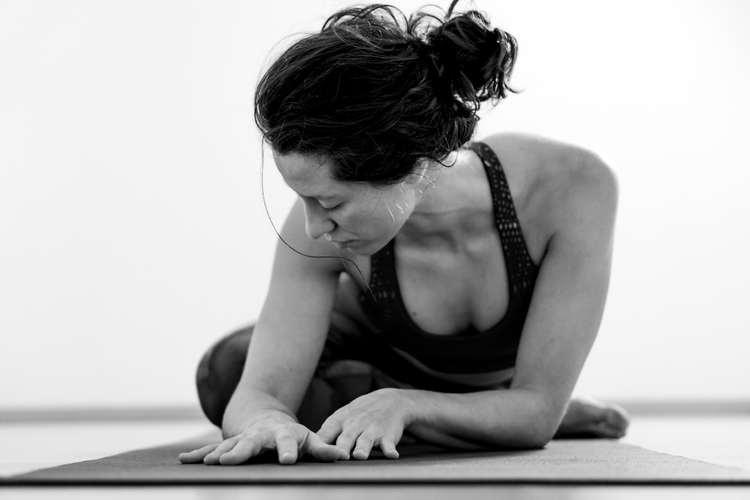 Steffi un.fold Vinyasa Flow Yoga