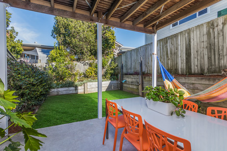 Fully enclosed, private Backyard ground floor 2 bedroom apartment