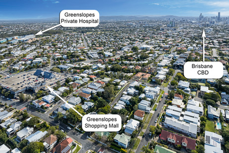 3-minute walk to Coles and 1km to Greenslopes Private Hospital
