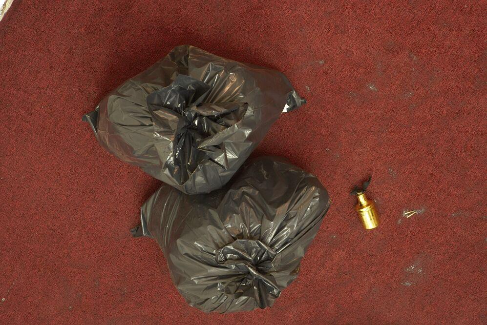 8.trash:molotov