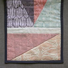 Grey quilt 2.jpg