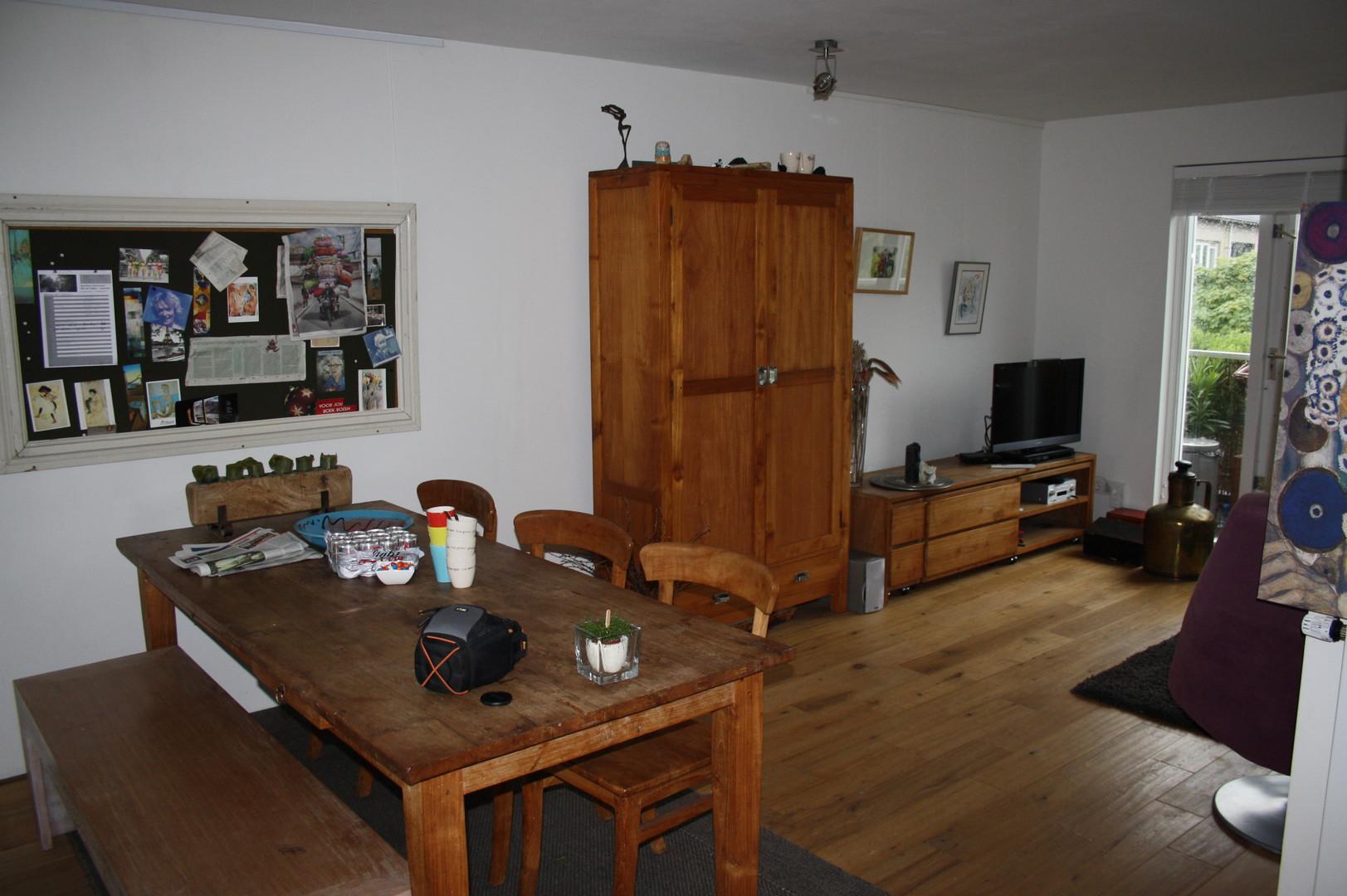 HouseofKIKI_Eetkamer_appartement_voor.jp