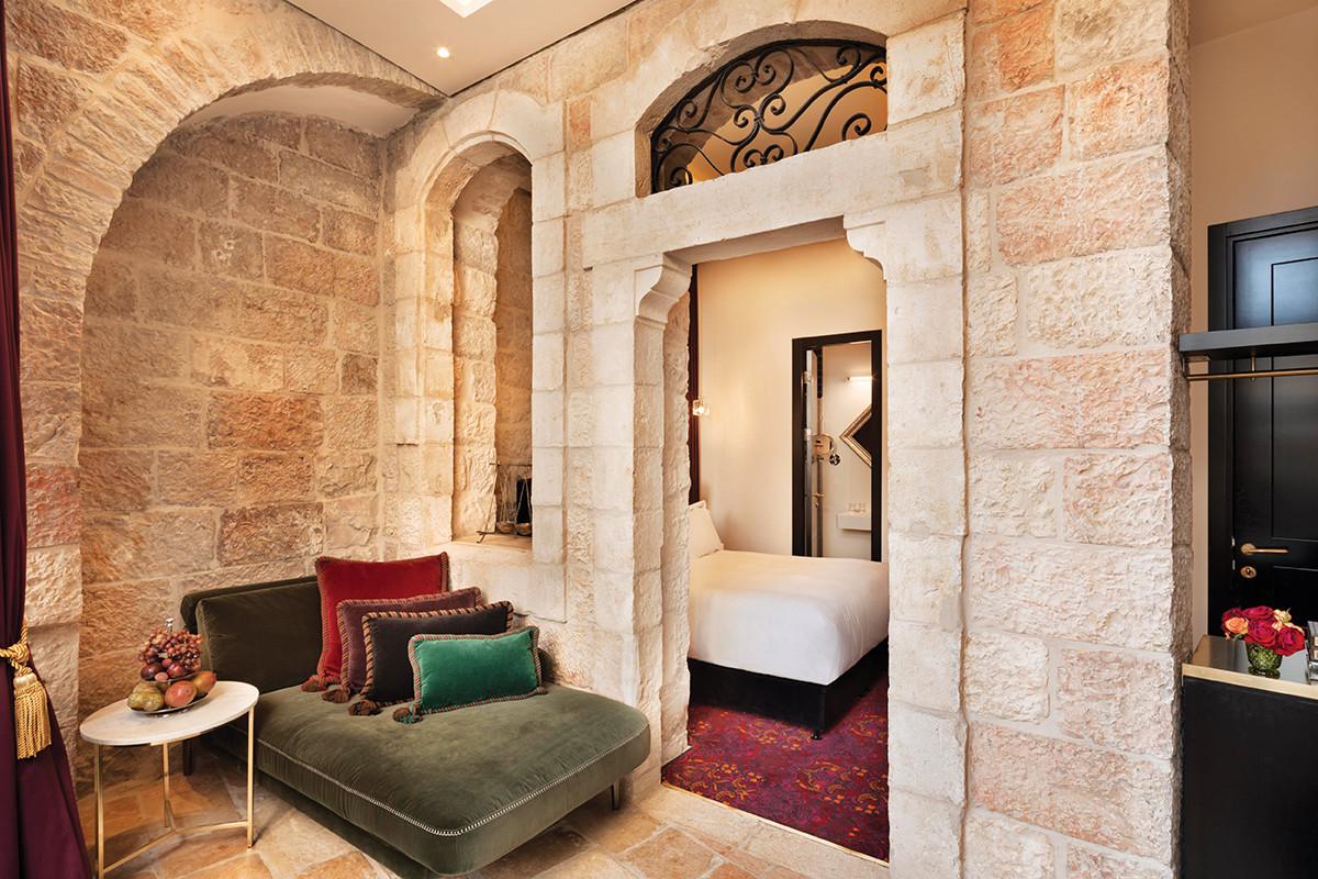 Villa_Brown_Jerusalem_-_signature_room._