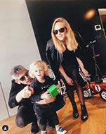 רוני + חן מונצ'ז (בעלה) +נורי (הילד).jpg