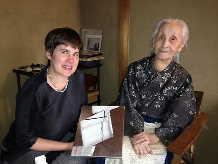 photograph of contemporary Japanese print dealer Allison Tolman of The Tolman Collection of New York with artist SHINODA Toko