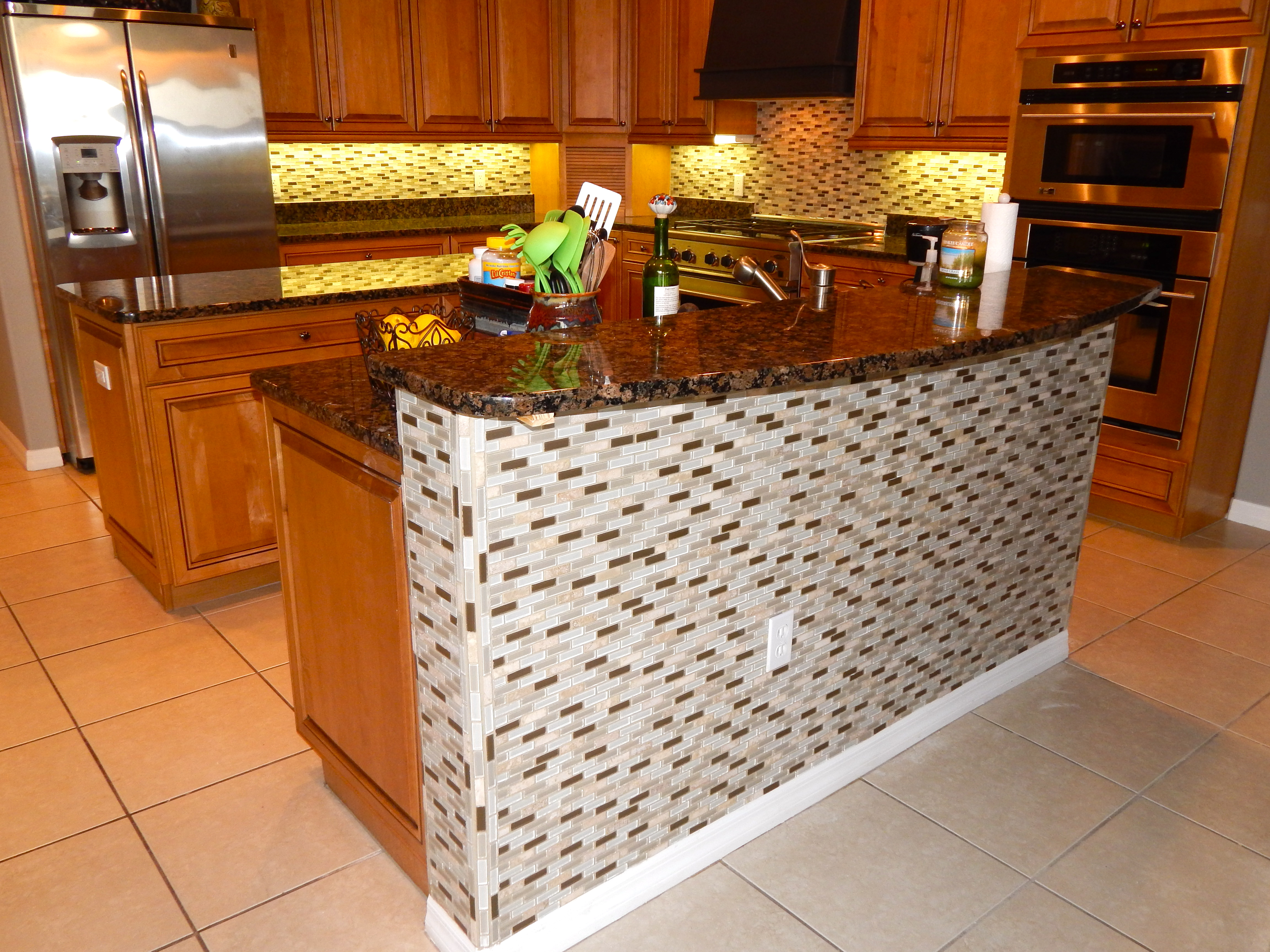Noe Kitchen and bar backsplash