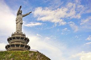 Patung-yesus-Buntu-Burake-Toraja.jpg