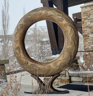 TORUS 50x42 in bronze