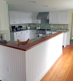 JK-custom-woodworking-nantucket-kitchen.