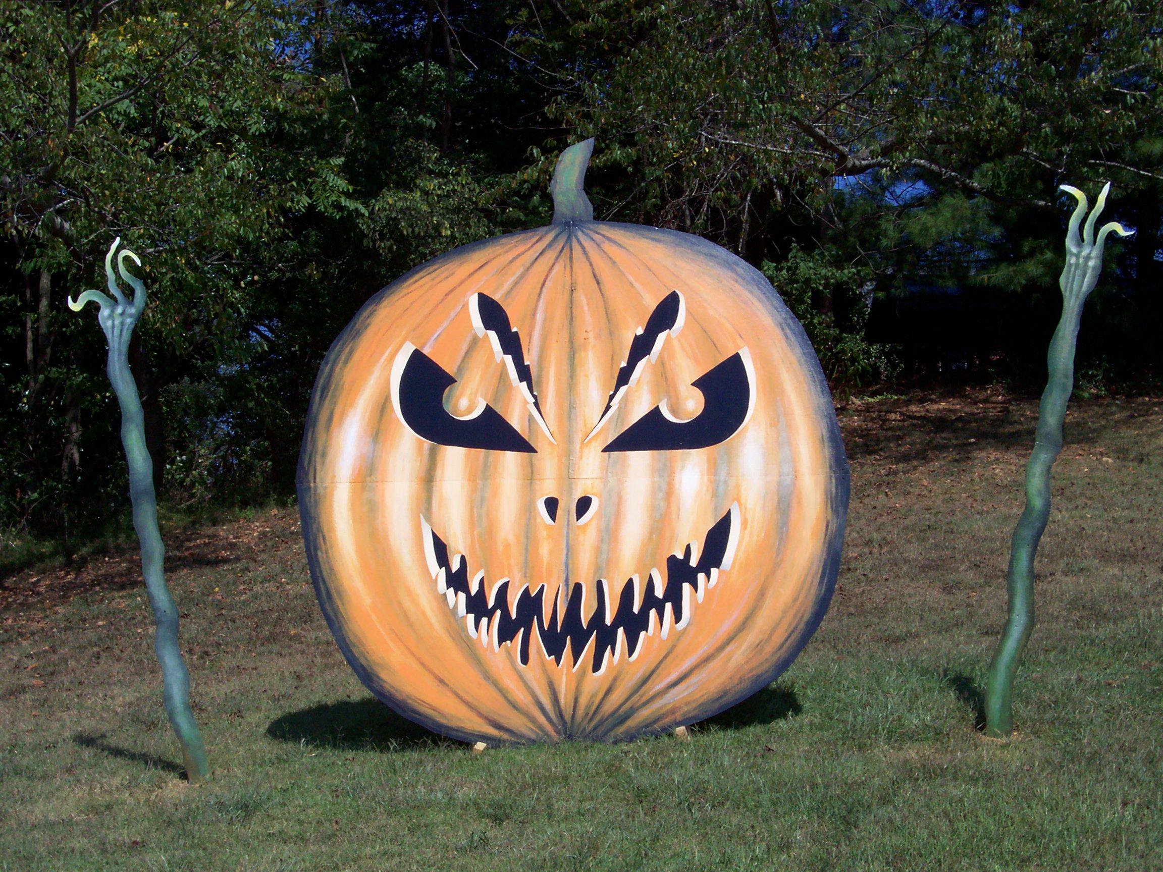 Giant Jack-o-lantern